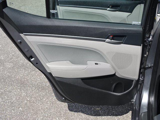 2018 Hyundai Elantra  - 18694087 - 17