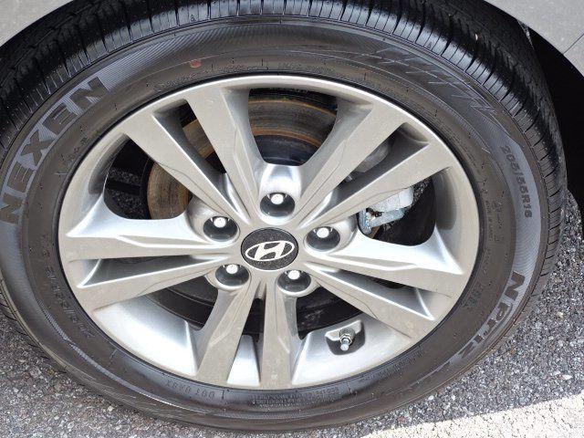 2018 Hyundai Elantra  - 18694087 - 18