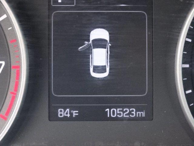 2018 Hyundai Elantra  - 18694087 - 21