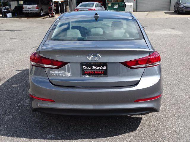 2018 Hyundai Elantra  - 18694087 - 2