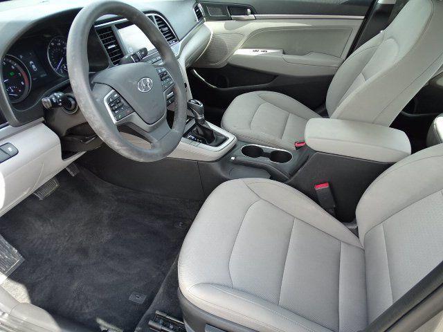 2018 Hyundai Elantra  - 18694087 - 5