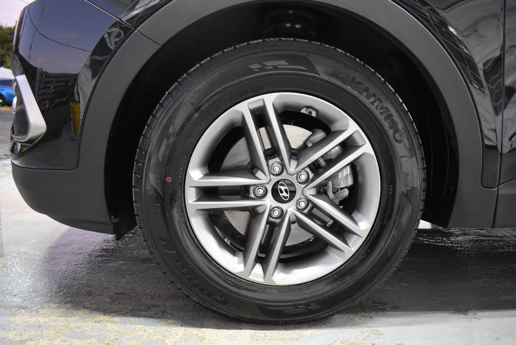 2018 Hyundai Santa Fe Sport 2.4L Automatic - 18415859 - 9