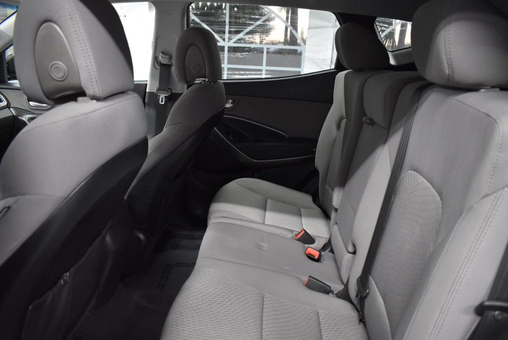 2018 Hyundai Santa Fe Sport 2.4L Automatic - 18415859 - 10