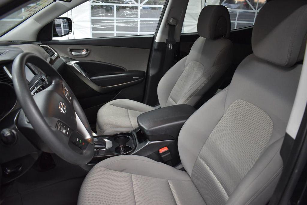 2018 Hyundai Santa Fe Sport 2.4L Automatic - 18415859 - 12