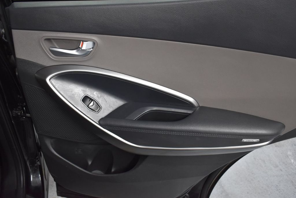2018 Hyundai Santa Fe Sport 2.4L Automatic - 18415859 - 22