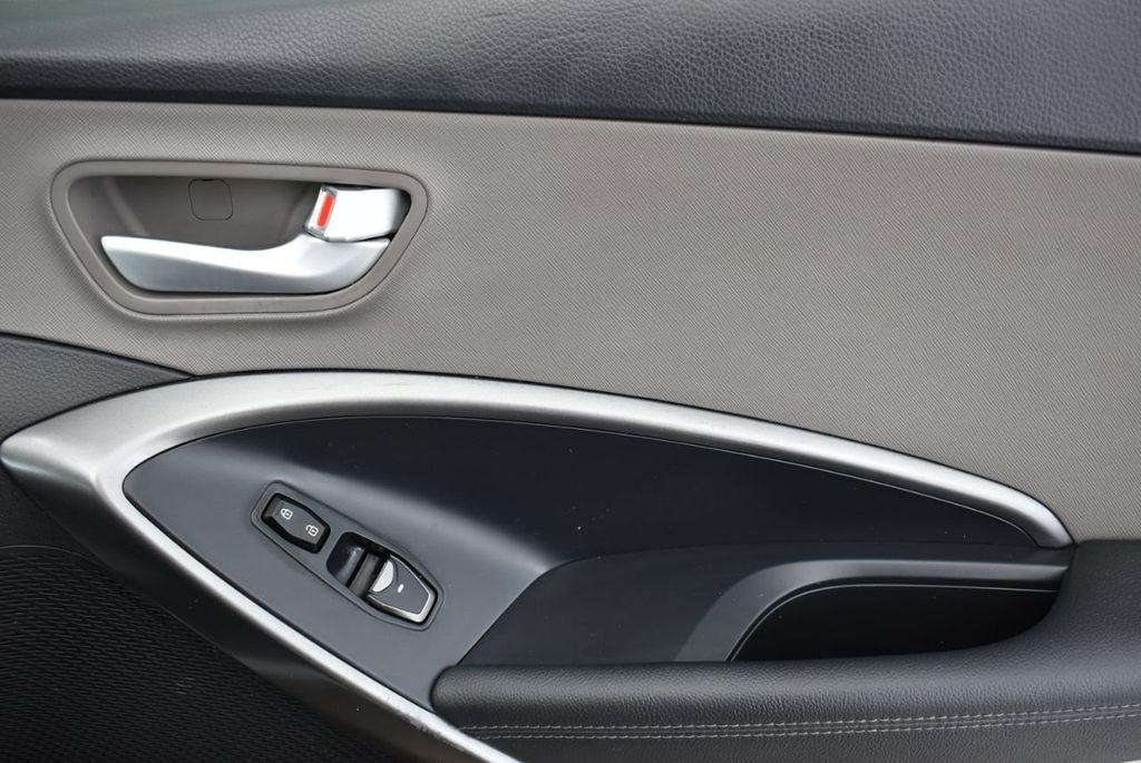 2018 Hyundai Santa Fe Sport 2.4L Automatic - 18689053 - 15