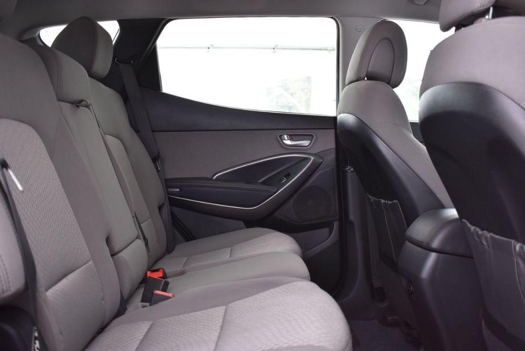 2018 Hyundai Santa Fe Sport 2.4L Automatic - 18689053 - 16