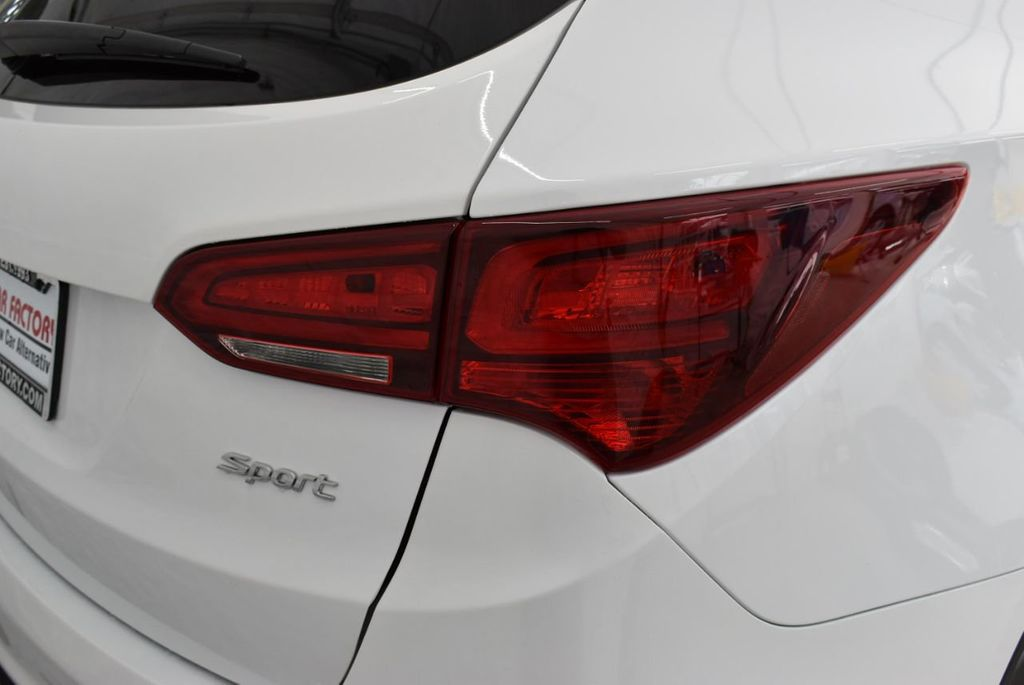2018 Hyundai Santa Fe Sport 2.4L Automatic - 18689053 - 1