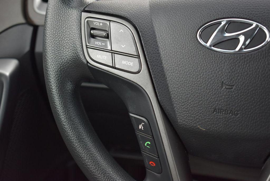 2018 Hyundai Santa Fe Sport 2.4L Automatic - 18689053 - 21