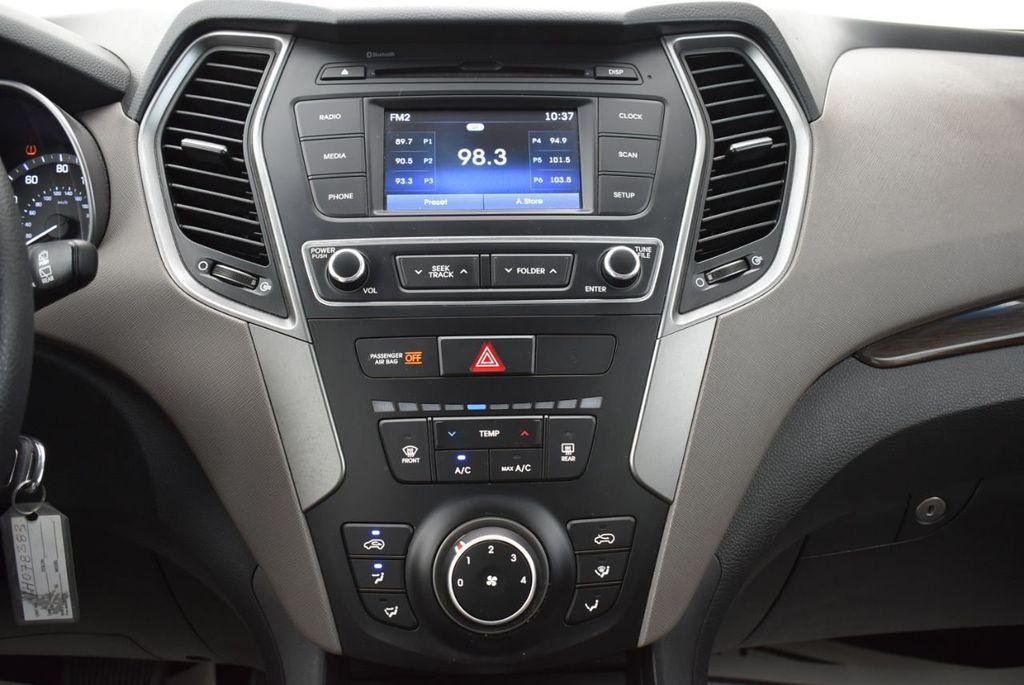 2018 Hyundai Santa Fe Sport 2.4L Automatic - 18689053 - 22