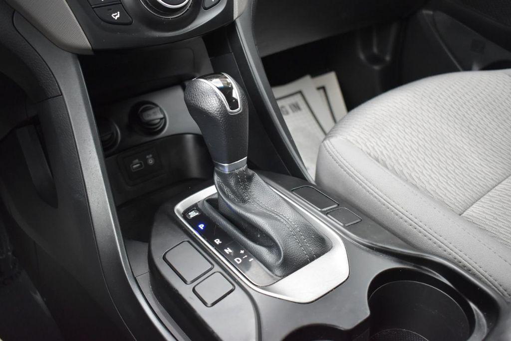 2018 Hyundai Santa Fe Sport 2.4L Automatic - 18689053 - 23