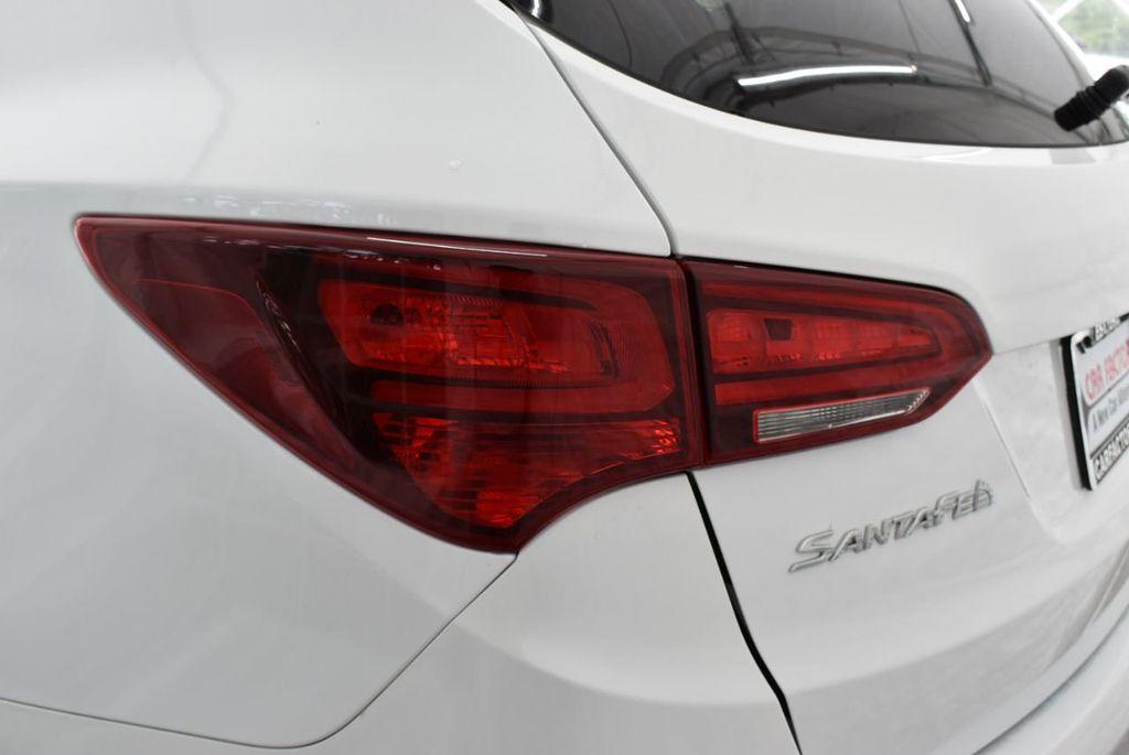 2018 Hyundai Santa Fe Sport 2.4L Automatic - 18689053 - 4