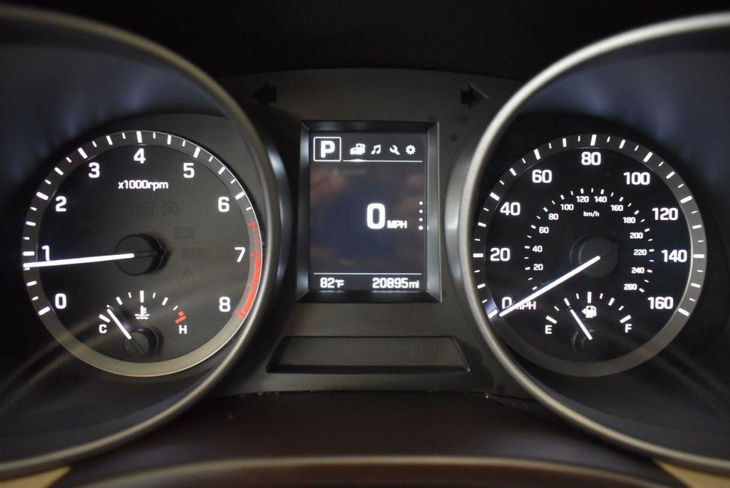 2018 Hyundai Santa Fe Sport 2.4L Automatic - 18122117 - 16