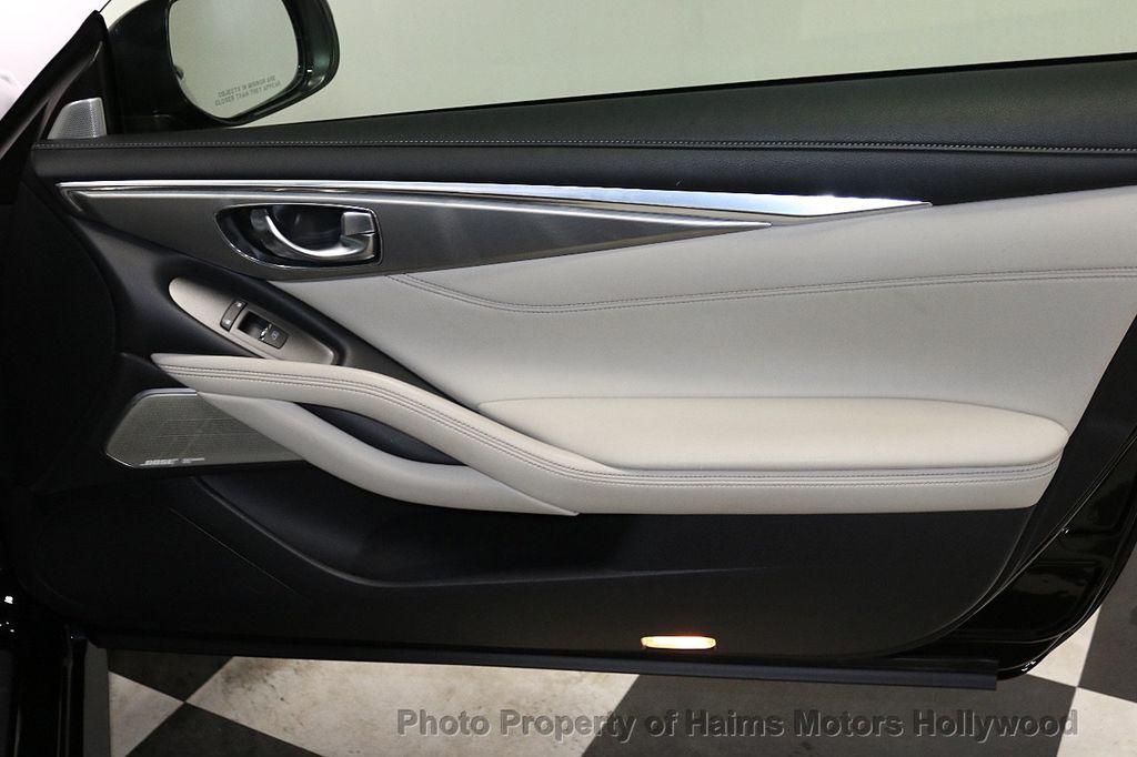 2018 INFINITI Q60 3.0t LUXE AWD - 18451194 - 11