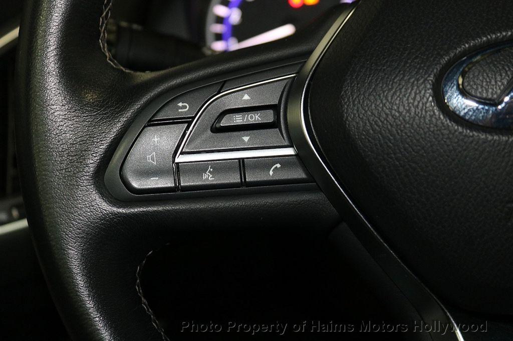 2018 INFINITI Q60 3.0t LUXE AWD - 18451194 - 24