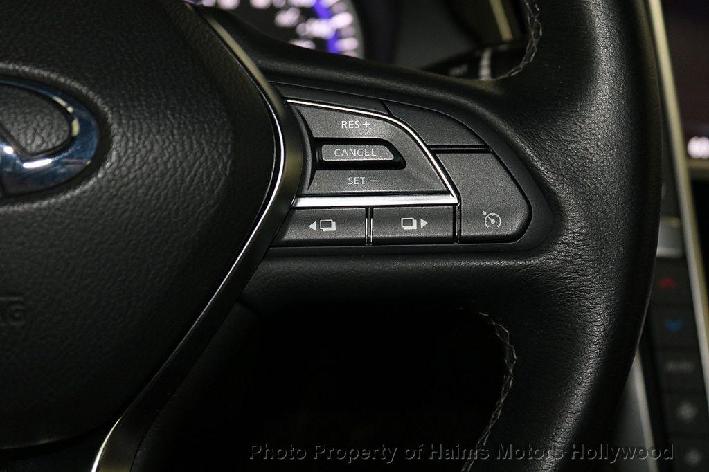 2018 INFINITI Q60 3.0t LUXE AWD - 18451194 - 25