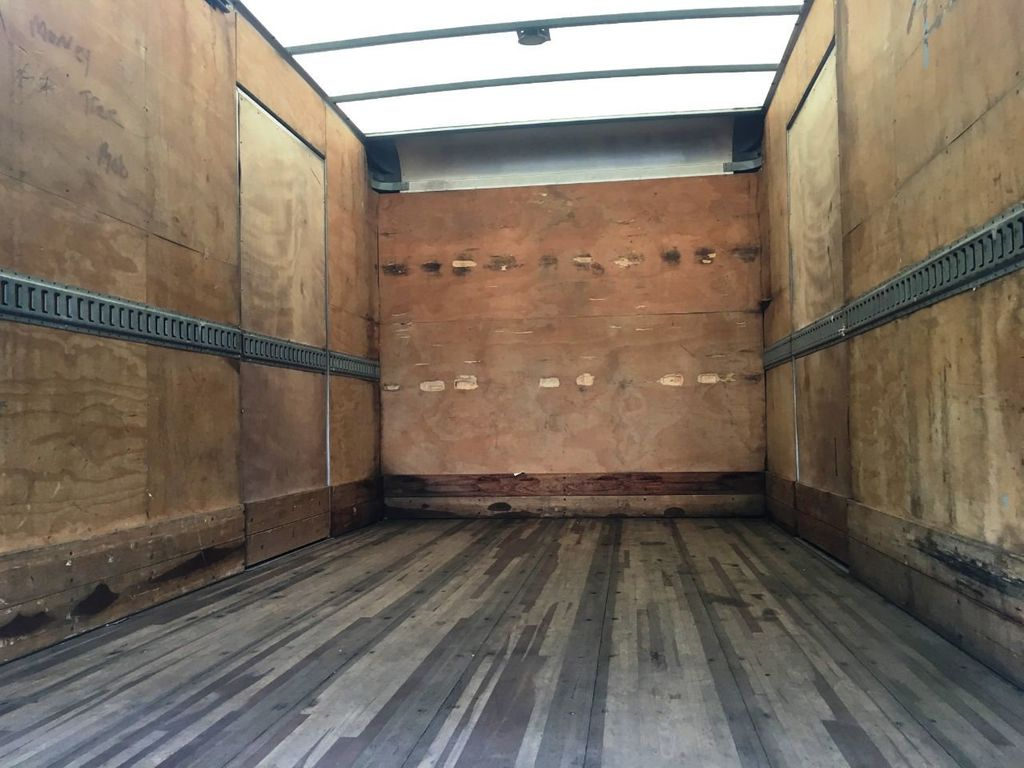 2018 Isuzu NPR HD 16FT DRY BOX.TUCK UNDER LIFTGATE BOX TRUCK CARGO TRUCK - 18340875 - 3