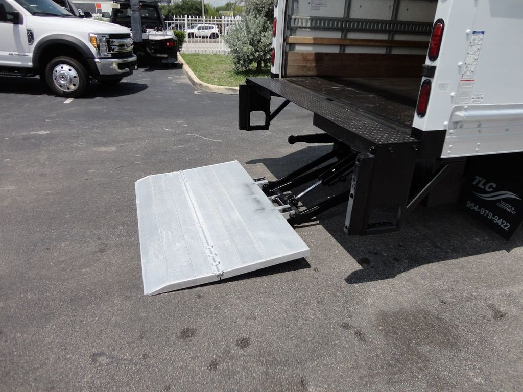 2018 Isuzu NPR HD 16FT DRY BOX..TUCK UNDER LIFTGATE BOX TRUCK CARGO TRUCK - 17609040 - 22