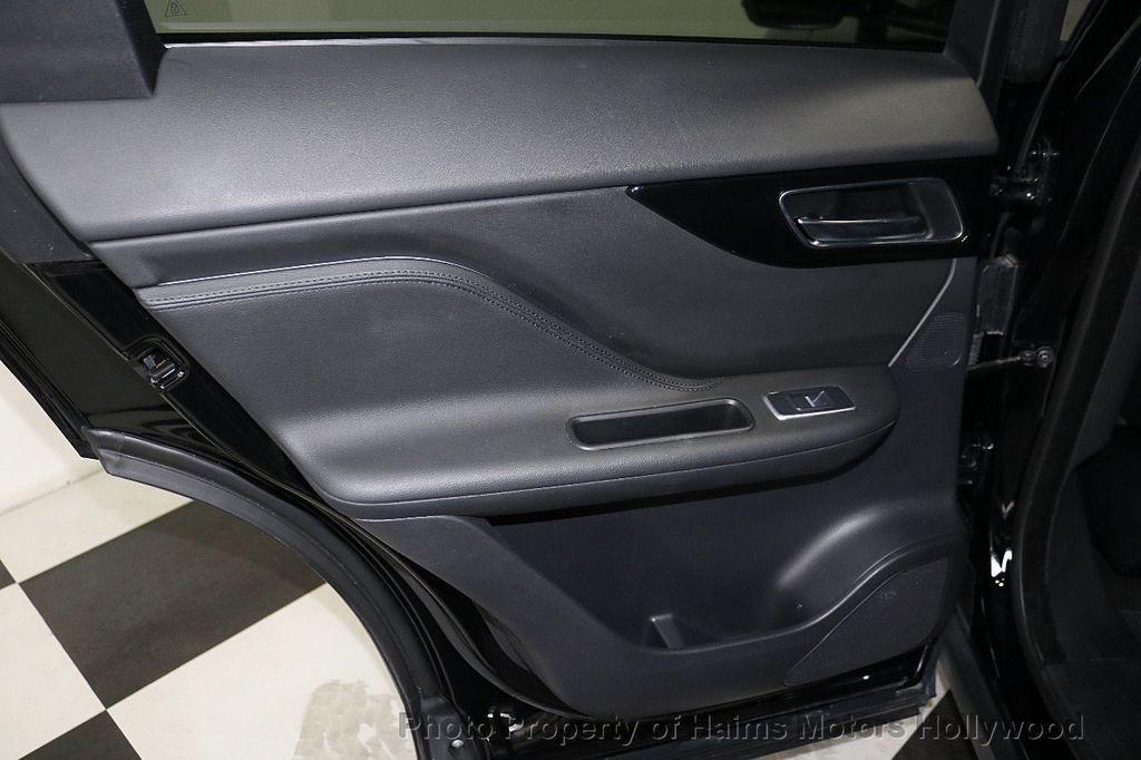 2018 Jaguar F-PACE 30t Premium AWD - 18707069 - 12