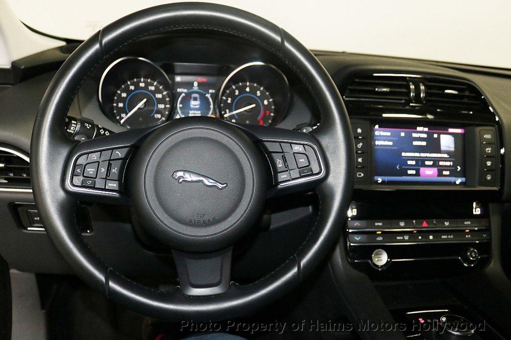 2018 Jaguar F-PACE 30t Premium AWD - 18707069 - 29