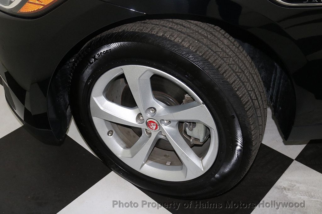 2018 Jaguar F-PACE 30t Premium AWD - 18707069 - 34