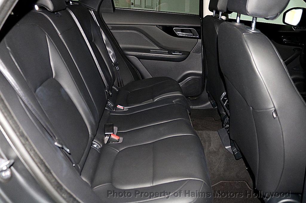 2018 Jaguar F-PACE 35t Premium AWD - 18492551 - 16