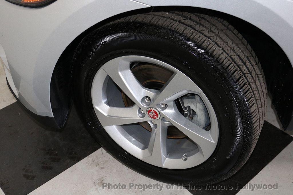 2018 Jaguar F-PACE 35t Premium AWD - 18492551 - 35
