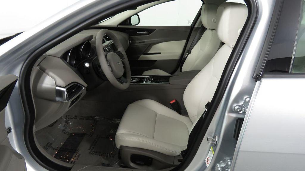 2018 Jaguar XE COURTESY VEHICLE - 18789905 - 21