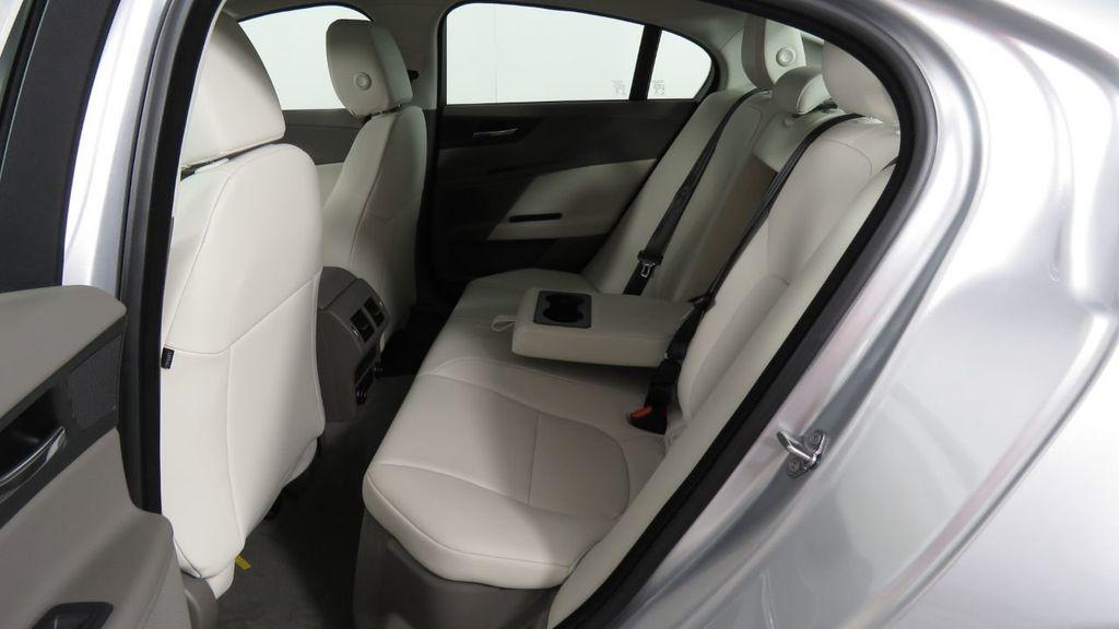 2018 Jaguar XE COURTESY VEHICLE - 18789905 - 23