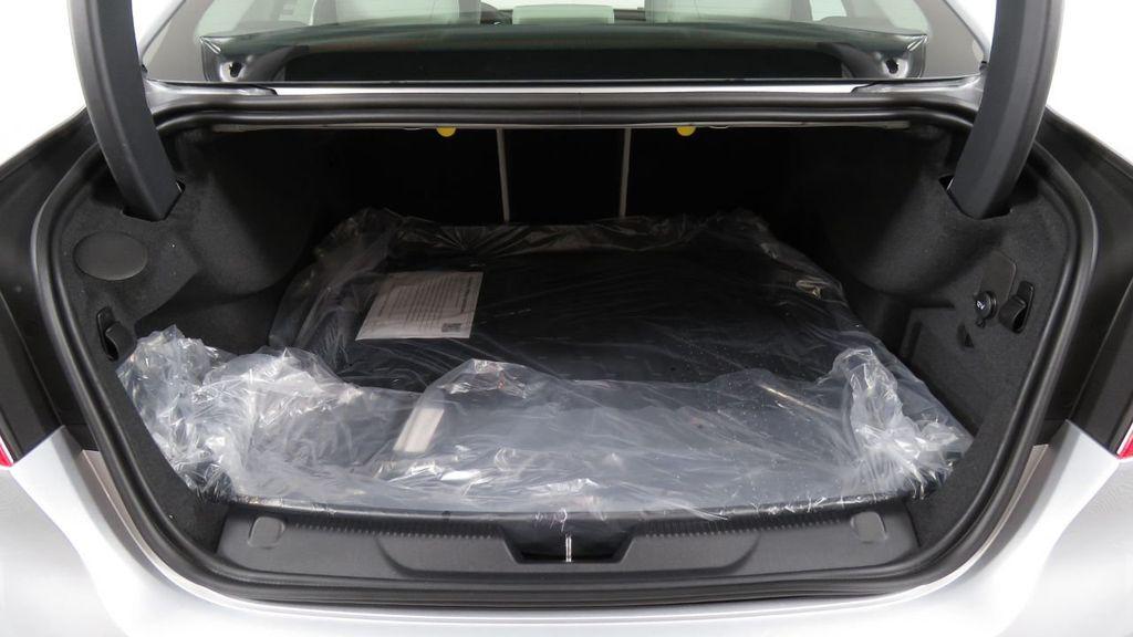 2018 Jaguar XE COURTESY VEHICLE - 18789905 - 30