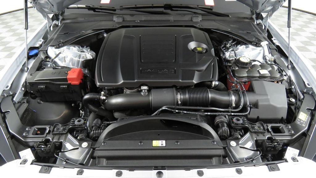 2018 Jaguar XE COURTESY VEHICLE - 18789905 - 31