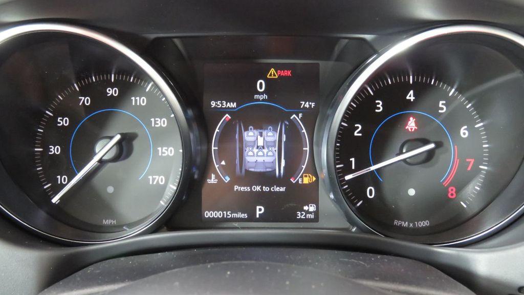 2018 Jaguar XE COURTESY VEHICLE - 18789905 - 36