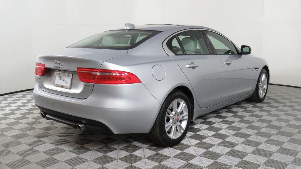 2018 Jaguar XE COURTESY VEHICLE - 18789905 - 4