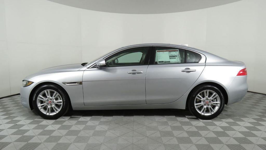 2018 Jaguar XE COURTESY VEHICLE - 18789905 - 7