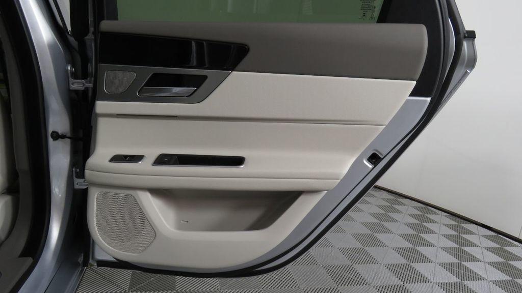 2018 Jaguar XF COURTESY VEHICLE - 18789903 - 29