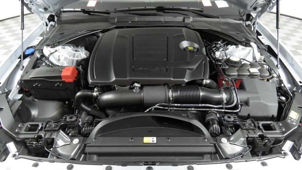 2018 Jaguar XF COURTESY VEHICLE - 18789903 - 31