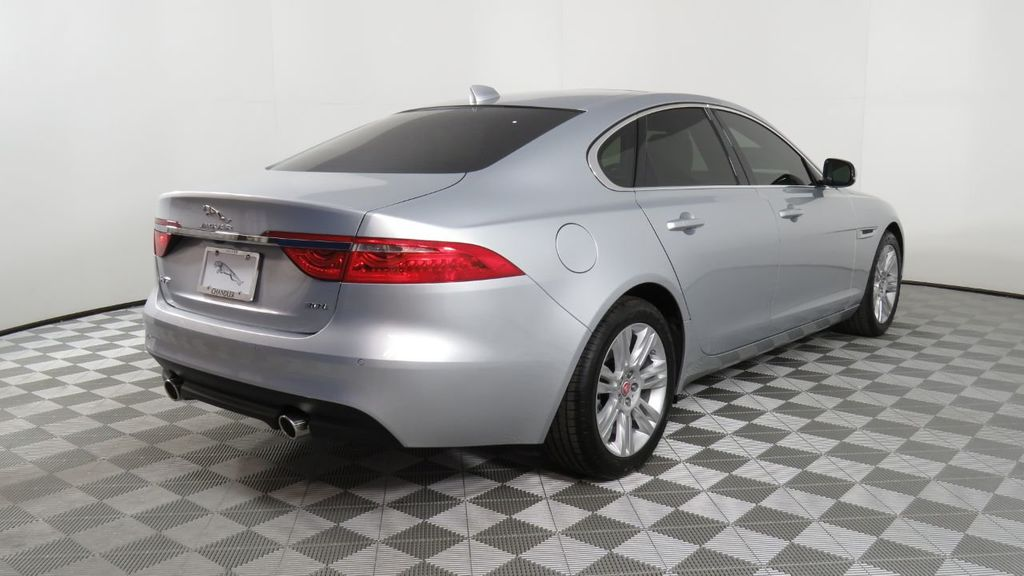 Used Jaguar Xf >> 2018 Used Jaguar Xf Courtesy Vehicle At Penske Automall Az Iid