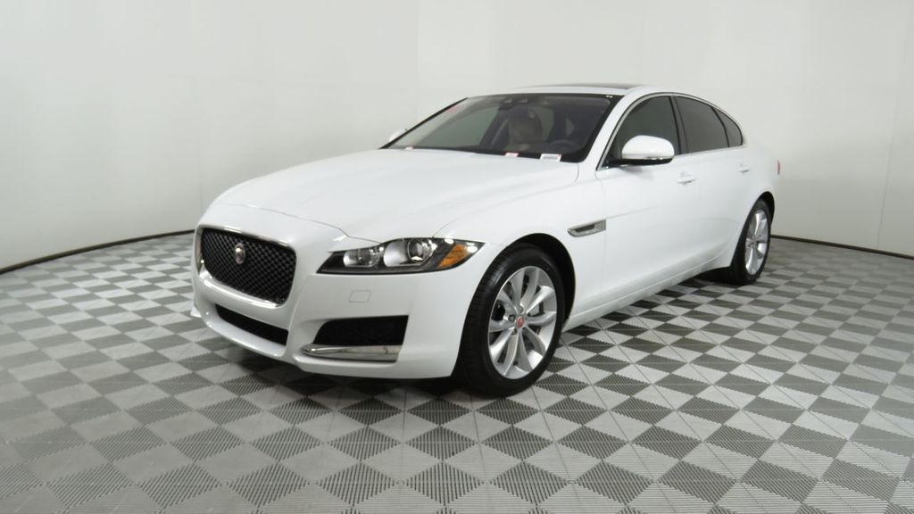 Used Jaguar Xf >> 2018 Used Jaguar Xf Courtesy Vehicle At Penske Automall Az Iid 18789907