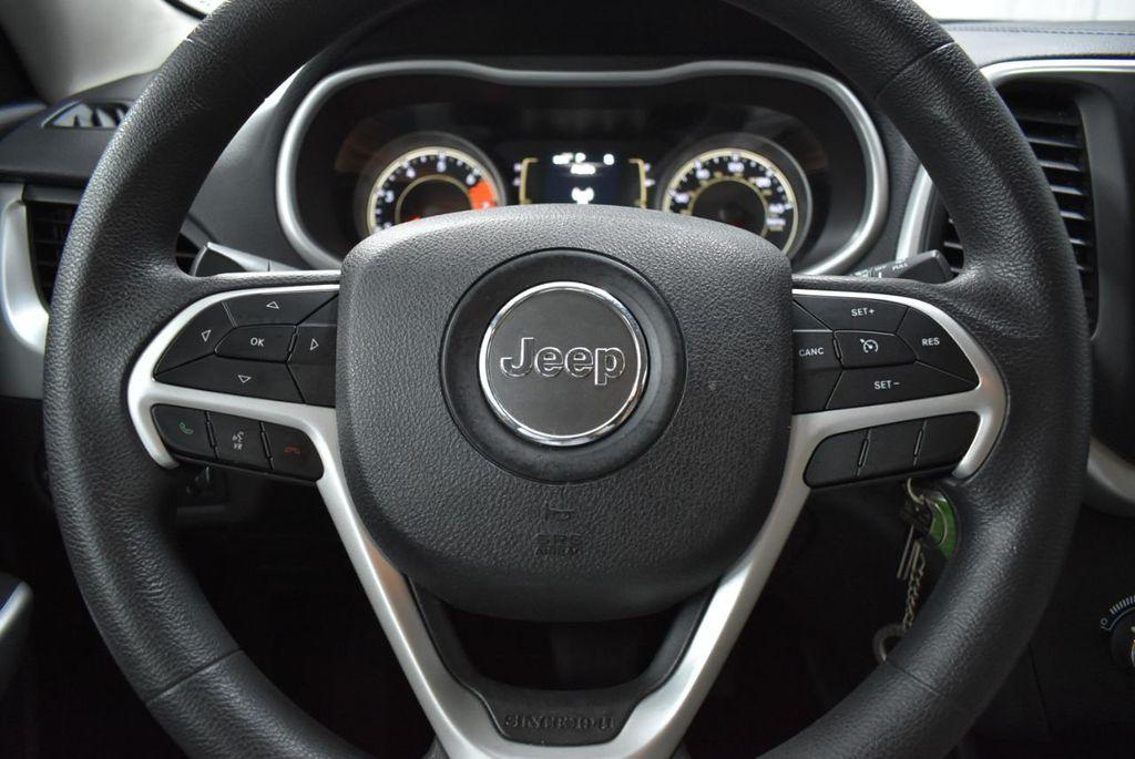 2018 Jeep Cherokee  - 18716056 - 15