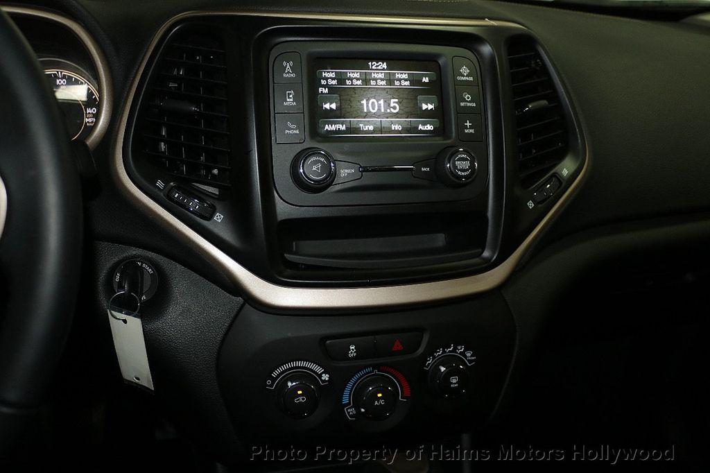 2018 Jeep Cherokee Latitude FWD - 17966900 - 17