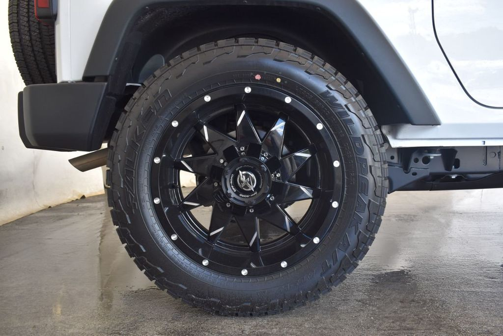 2018 Jeep Wrangler JK Rubicon 4x4 - 18093587 - 9