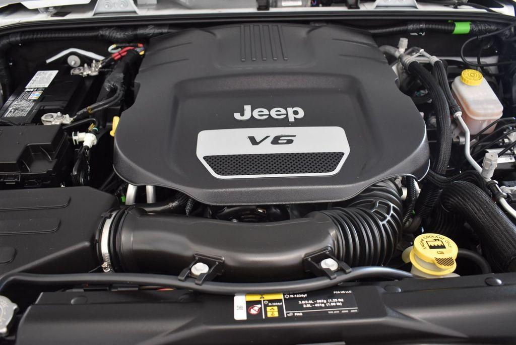 2018 Jeep Wrangler JK Rubicon 4x4 - 18093587 - 24
