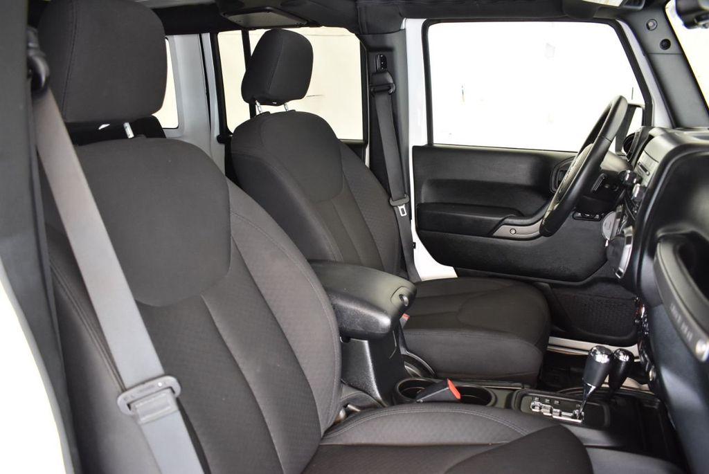 2018 Jeep Wrangler JK Unlimited 1UH4 - 18161908 - 24