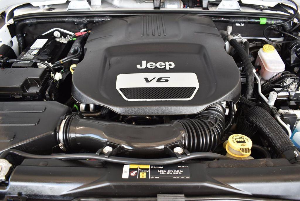 2018 Jeep Wrangler JK Unlimited 1UH4 - 18161908 - 26