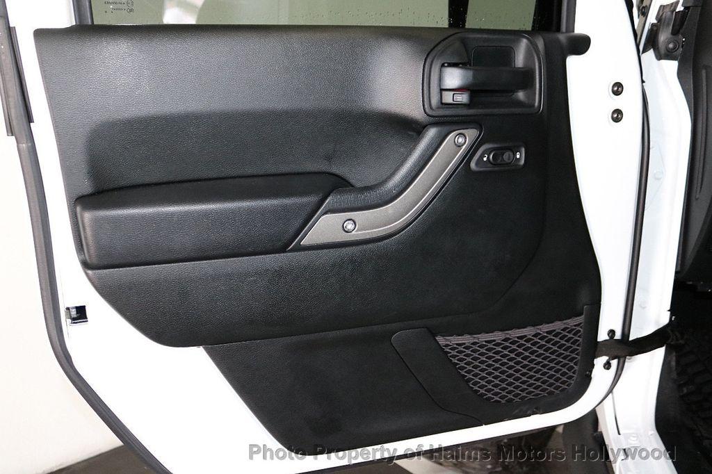 2018 Jeep Wrangler JK Unlimited Sport RHD 4x4 - 18415805 - 16