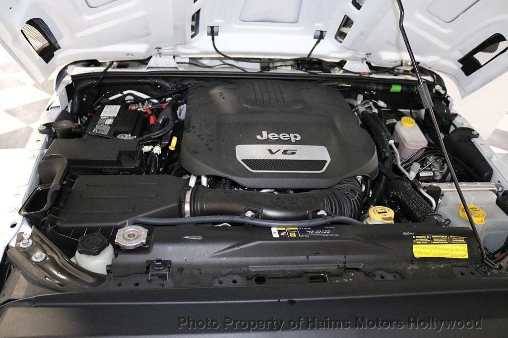 2018 Jeep Wrangler JK Unlimited Sport RHD 4x4 - 18415805 - 45