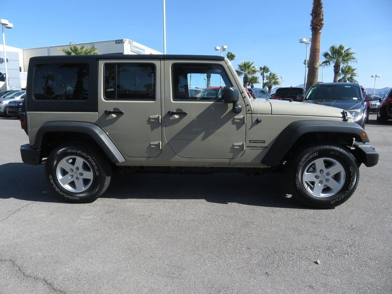 2018 Jeep Wrangler JK Unlimited Sport S 4x4 - 17003496 - 3