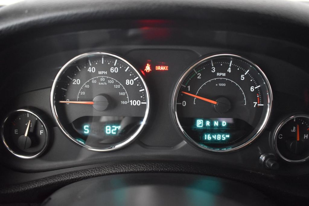 2018 Jeep Wrangler JK Unlimited WHITE - 18161910 - 16