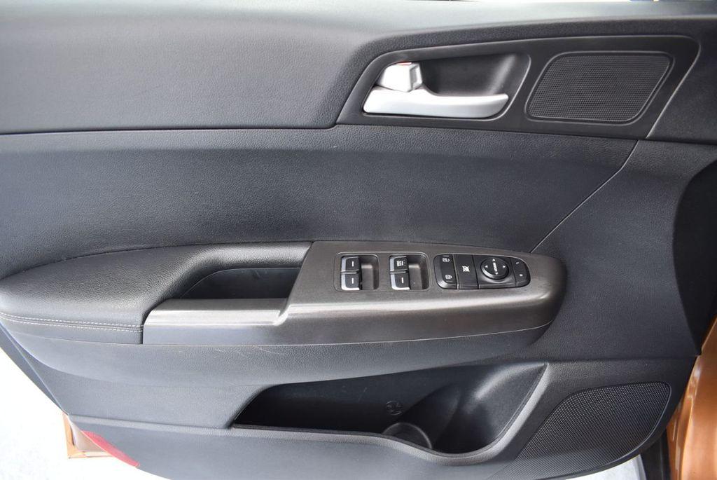 2018 Kia Sportage LX AWD - 18319308 - 15