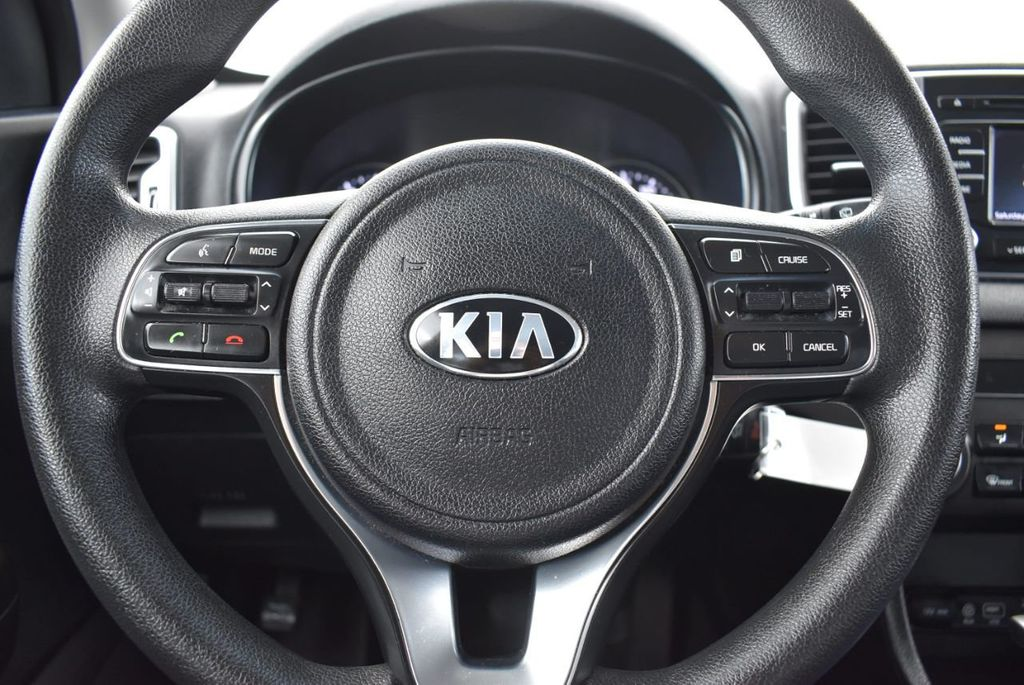 2018 Kia Sportage LX AWD - 18319308 - 17